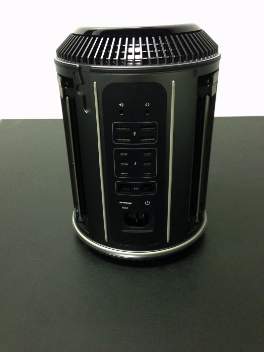 Mac-Pro-2013-Hands-on-14.png